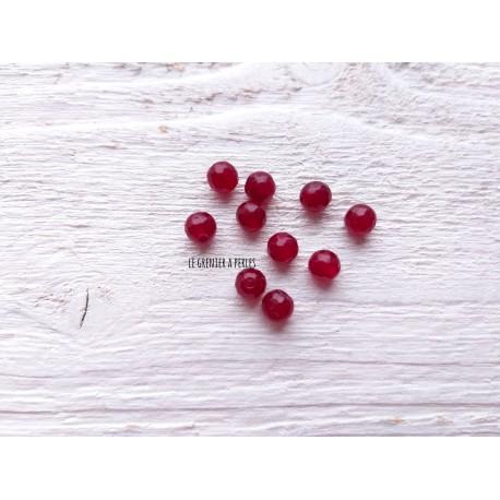 Perles en Calcédoine Rouge  * 6 mm