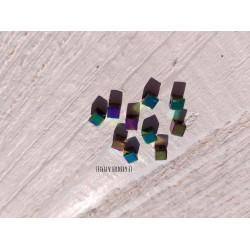 Perles Cubes 4 mm * Hématite galvanisé Pétrole