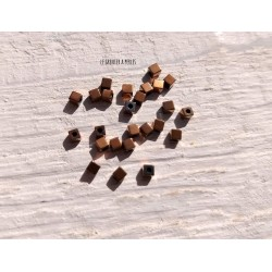 Perles CUBES 2 mm Hématite Copper  x 25