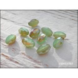 Perles Ogives Facettées Vert d'eau Irisé 6 x 8 mm X 10