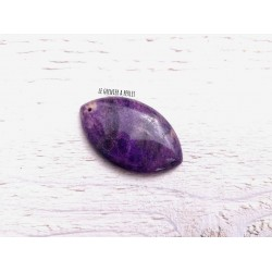 Pendentif en Pierre de Chrysanthème * 50 x 31 x 6 mm * Violet