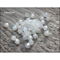 Toupies 4 mm White Opal X 50