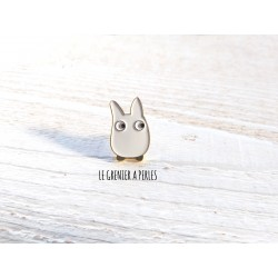 Pin's Totoro n°4