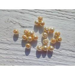 Perles Rondes 8 mm Nacrées Beige  x 20